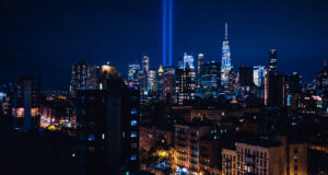 US pays tribute to 9/11 anniversary with blue light