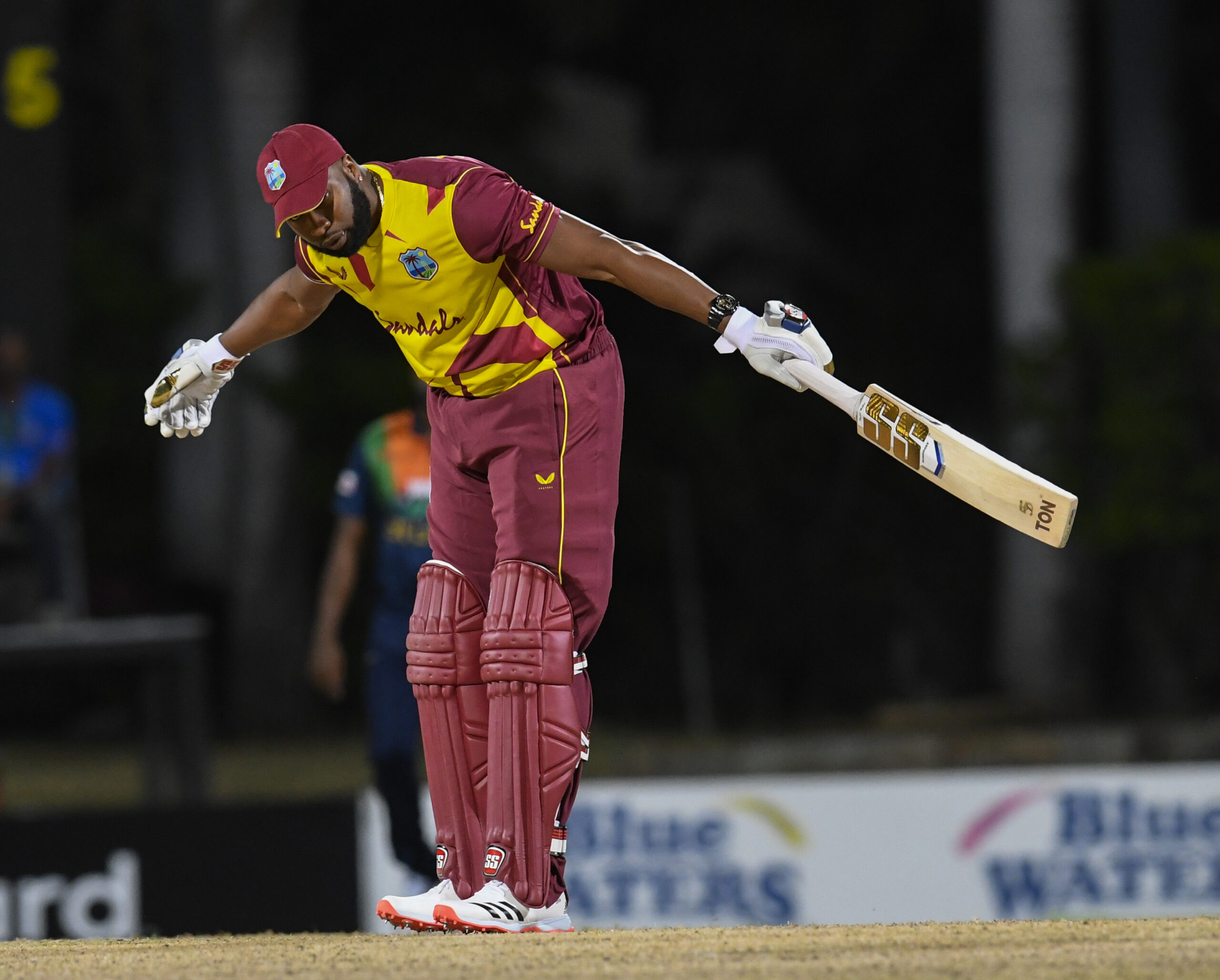 [Cricket T20] Kieron Pollard – 6 Sixes in an Over (Records are meant to be broken)